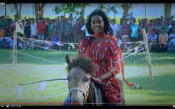 ঘোড়সওয়ার – আশ্চর্য এক ১০ বছরের মেয়ে