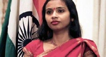 Indian Diplomat in a hot soup in New York: Both Sides to Blame