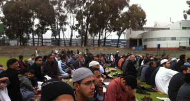 Large Crowd attend Eid Prayers at Canberra AIS Arena
